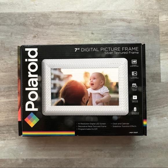"NWB Polaroid 7"" Digital Picture Frame"